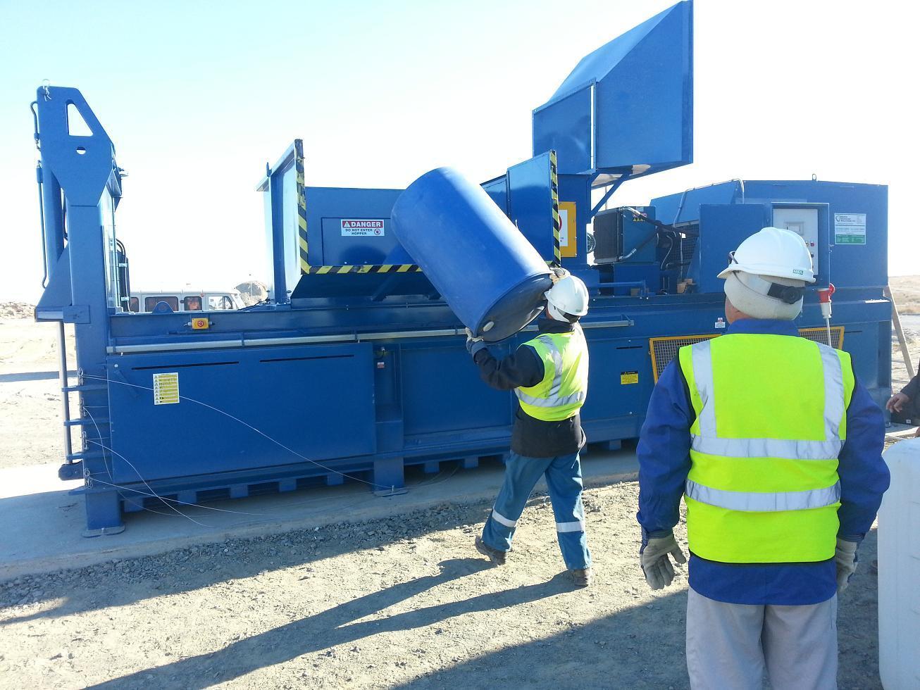 650HDE Baler in Kazakhstan - Balers 10-20 tonnes per week